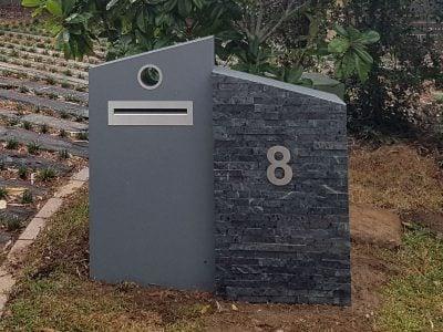 E100 Double Column Mailbox