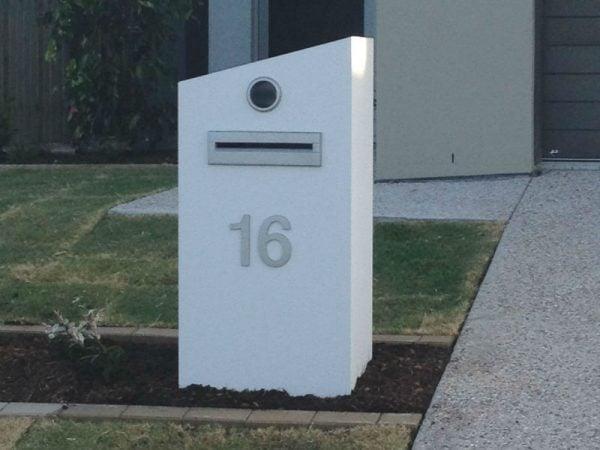 E75 Single Column Mailbox - LHS