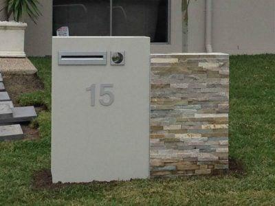 E80 SDouble Column Mailbox - RHS