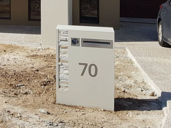 E85 Single Column Mailbox - LHS