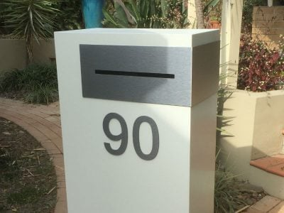E88 Single Mailbox - brushed aluminium