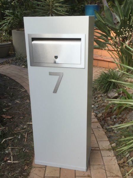 E9 Single Mailbox front opening